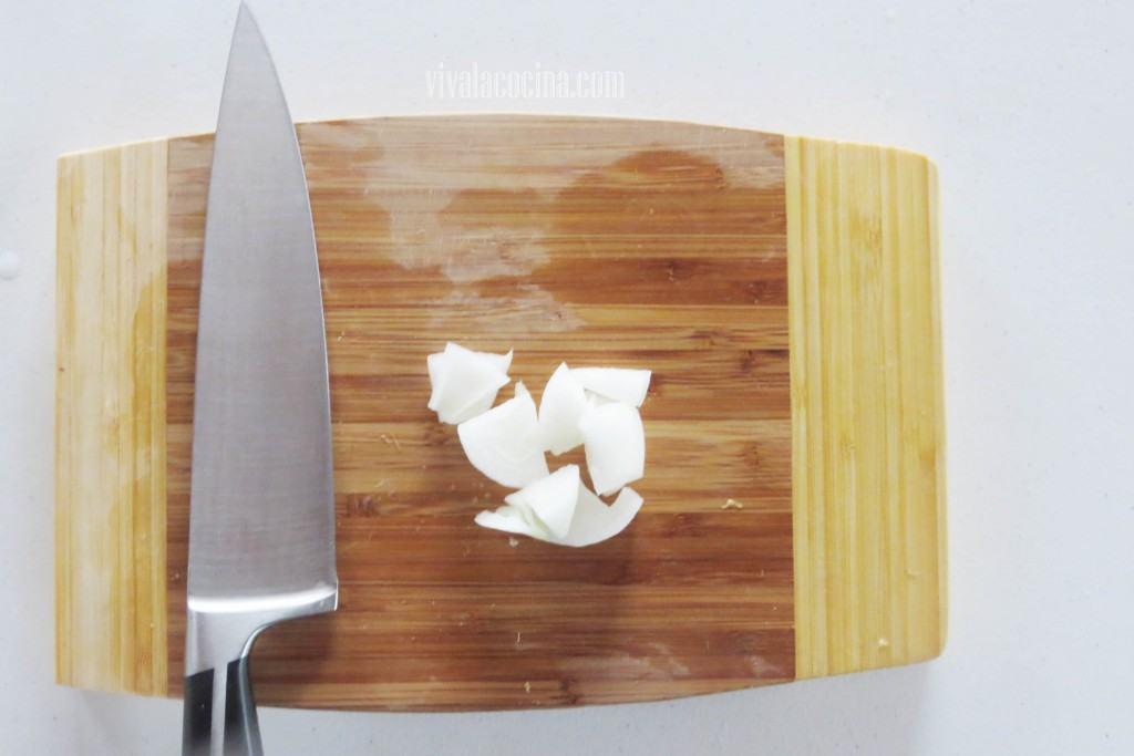 Añadir la Cebolla cortada