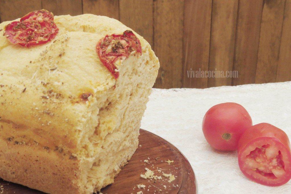 Pan con Tomate casero, listo para comer