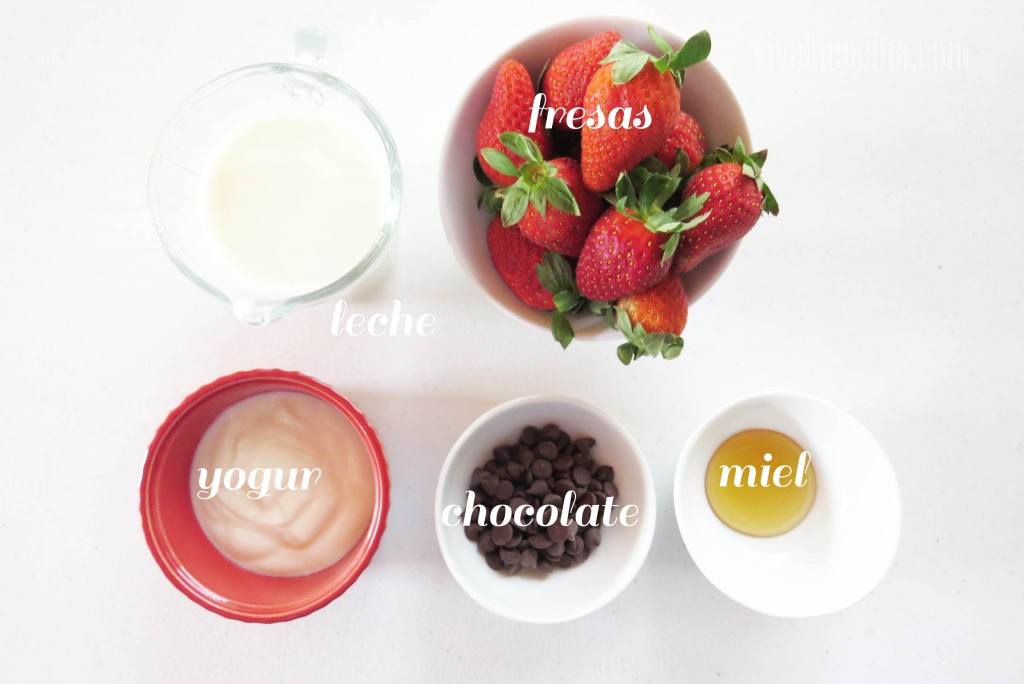 IngredientesIngredientes para preparar la receta de Smoothie de Fresa