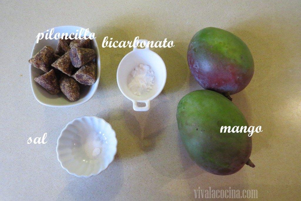 Ingredientes para preparar la receta de Mangos Enmielados con Piloncillo
