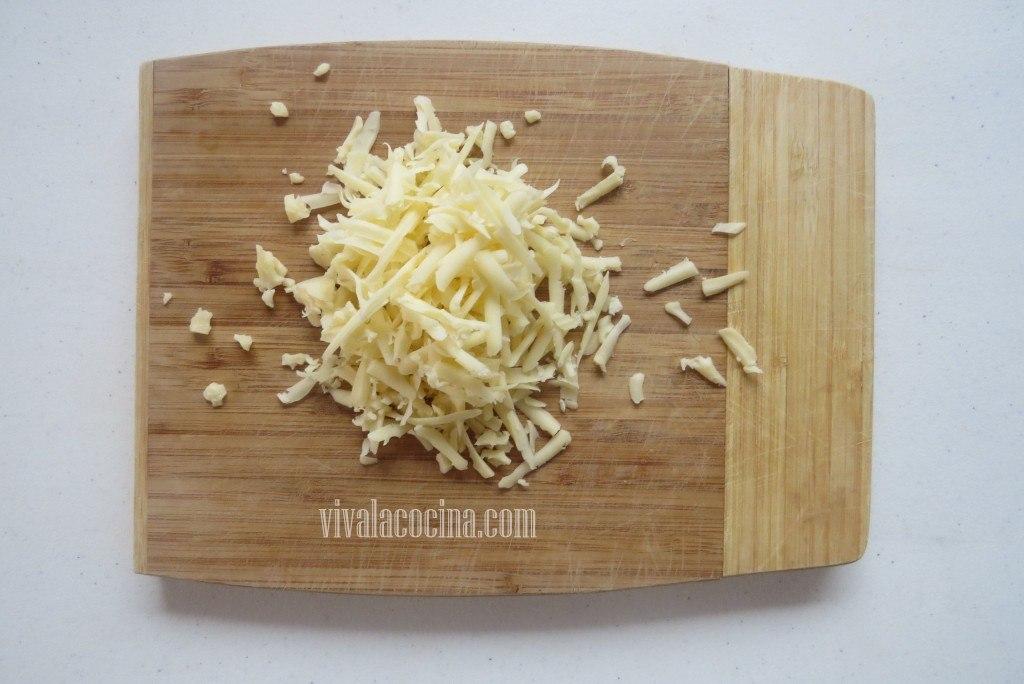 queso para el relleno del pastel azteca casero
