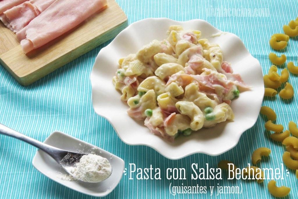 Receta de Pasta en Salsa Bechamel con Guisantes y Jamón