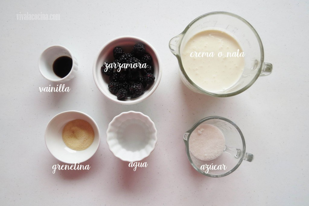 Ingredientes para la receta de Panna Cotta de Zarzamoras