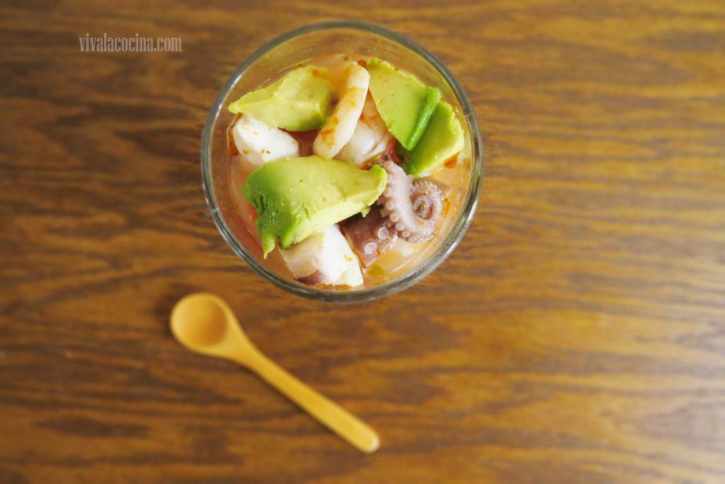 Receta de cocktail de pulpo y Camarones o Gambas: Listo para comer