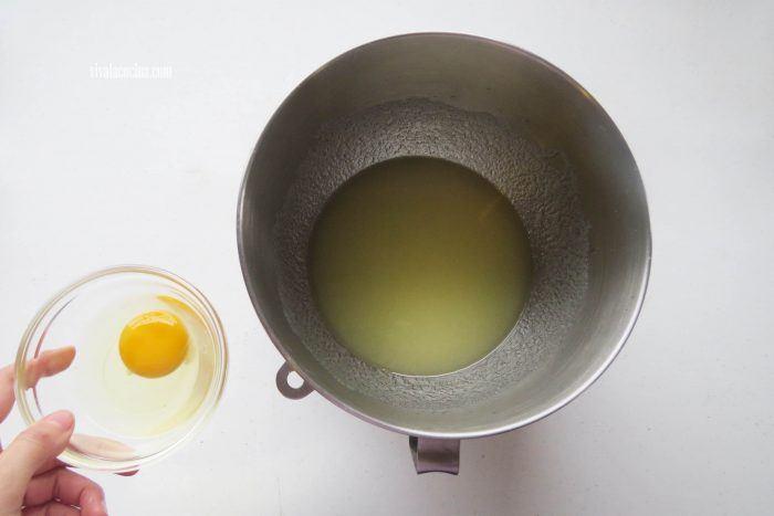 huevo para hacer rosca de zanahoria