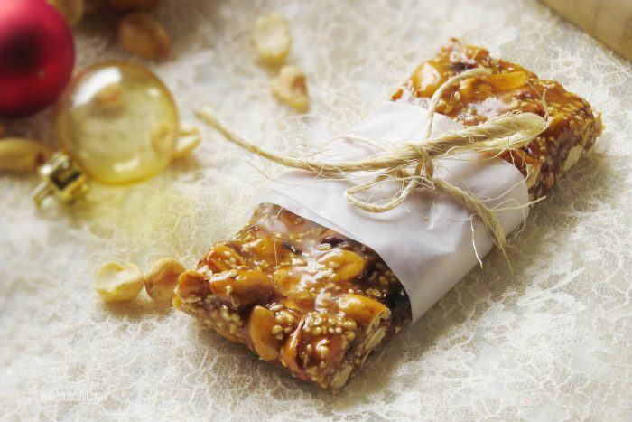 palanquetas caseras de cacahuetes y otros frutos secos