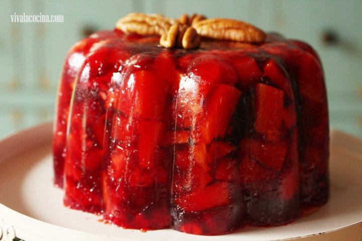 gelatina navideña de vino tinto y frutas