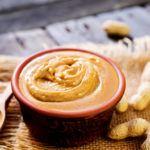 Mantequilla de Maní o crema de cacahuete para postres. 3 recetas fáciles