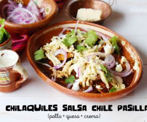 Chilaquiles en Salsa de Chile Pasilla: Receta Muy Mexicana