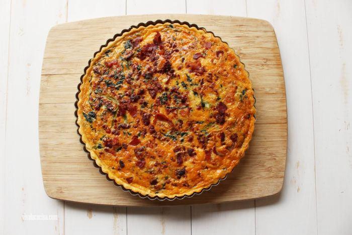 original quiche de chorizo, tocino y verduras